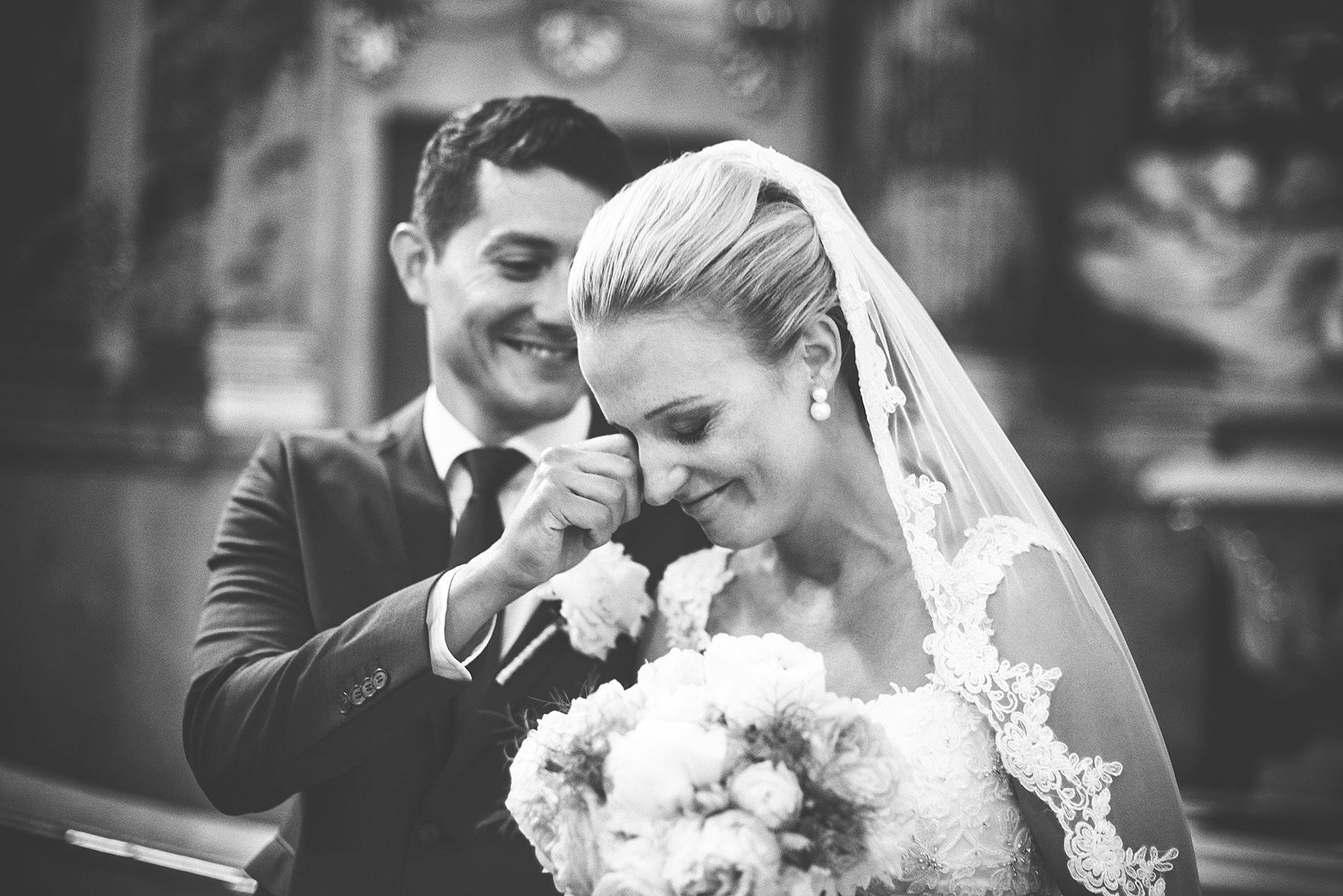 fotografie ze svatby v kostele v brně
