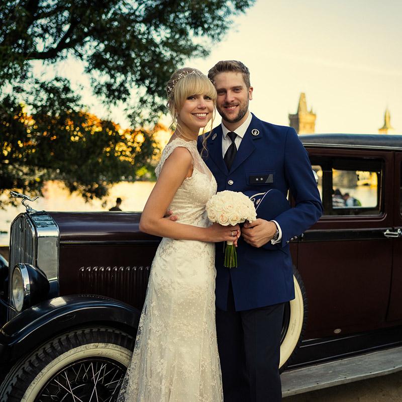 fotografie ze svatby ve Vrtbovské zahradě